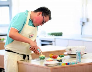 Offaly Teen tastes sweet success in Regional Baking Final in Athlone