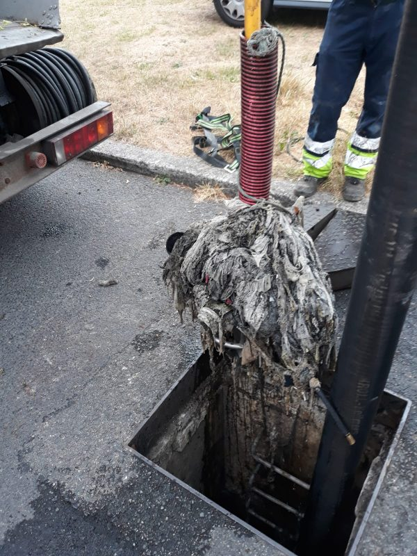 Clean Coasts and Irish Water select Tullamore as a 'Think Before You Flush' community as Irish Water reveal 4,600 sewer blockages across the country this year