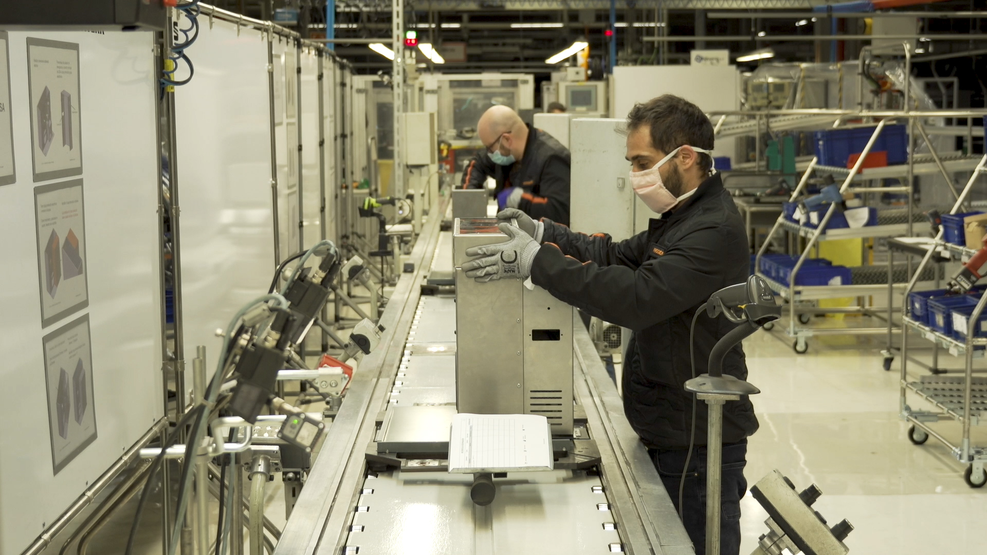SEAT starts the production of emergency ventilators at its Martorell facilities